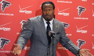 Expect Steven Jackson to be featured heavily in Atlanta's passing game. (David Tullis)
