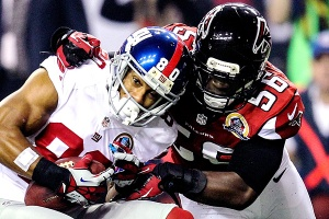Sean Weatherspoon missing significant time is a huge blow to the Falcons defense. (Daniel Shirey)
