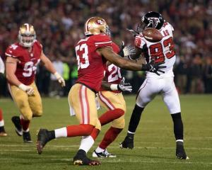 NaVorro Bowman sealed the game with an interception return for a touchdown. (Paul Kitagaki Jr.)
