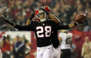 After his abysmal 2013 campaign, Thomas DeCoud's release was imminent. (Mike Ehrmann)